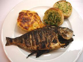 Chili und Ciabatta: Dorade vom Grill mit überbackenem Fenchel