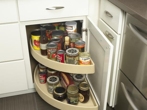 Maximize kitchen cabinet space with a lazy susan Maximize kitchen storage
