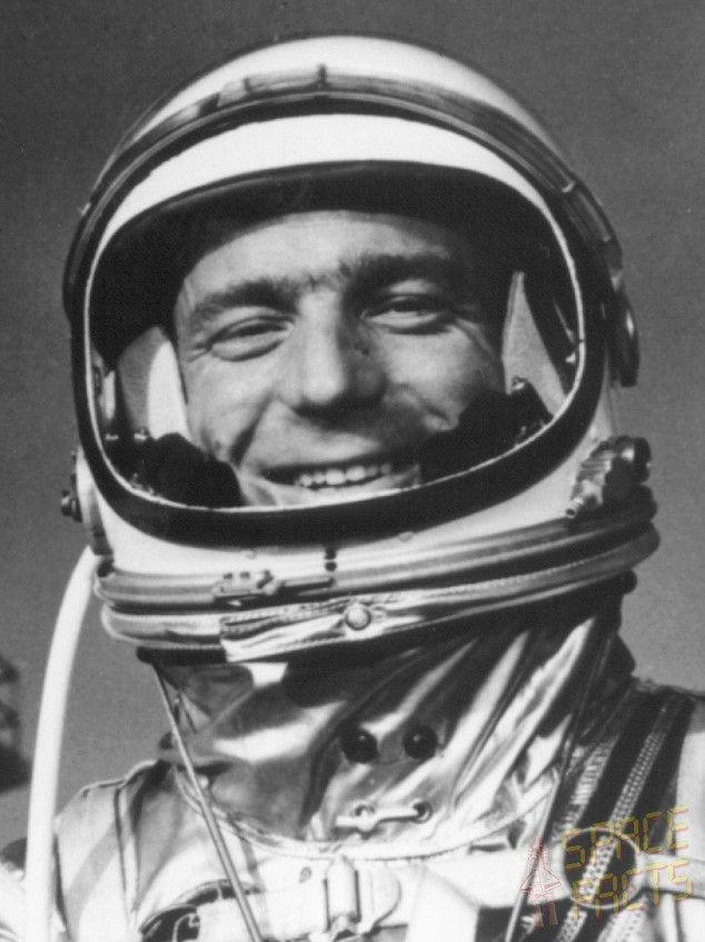 original seven astronauts selected - photo #16