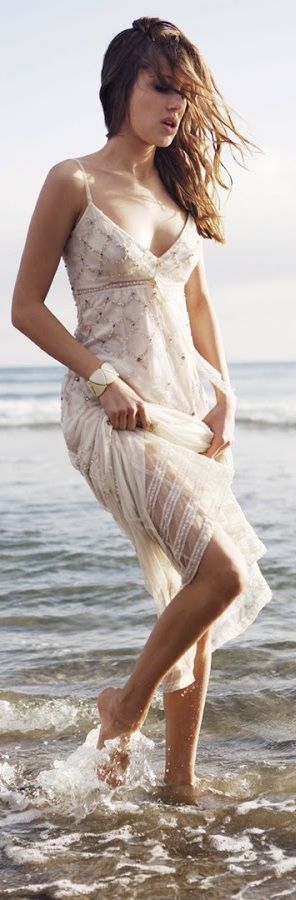 Casual beach wedding dress. If you want the best officiant for your Outer Banks, NC, ceremony, contact Rev. Barbara Mulford: myobxofficiant.com/