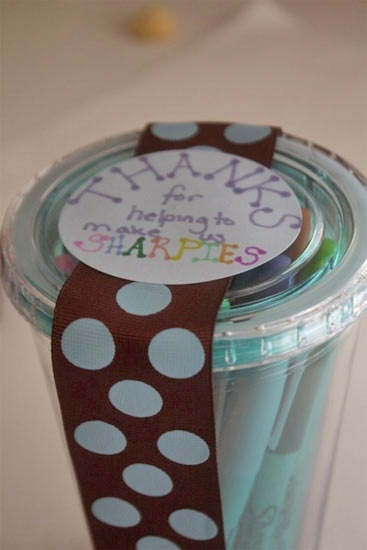 what a cute teacher gift! Easy to do, stuff is easy to find!