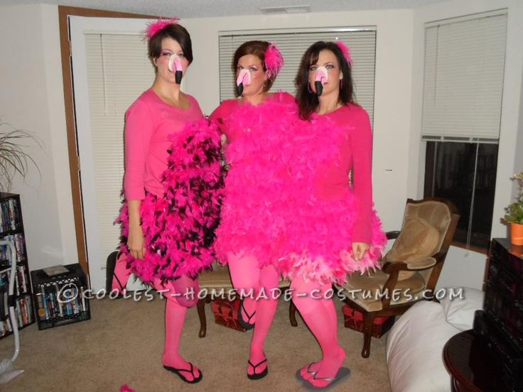 Great+All-Girl+Group+Costume+Idea:+Pink+Flamingo+Yard+Ornaments
