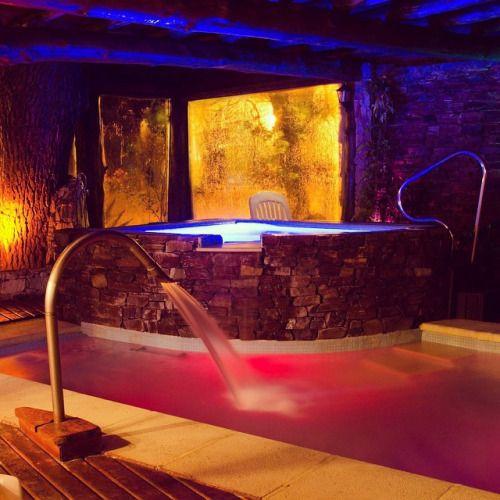 that-jacuzzi-lifestyle:  Conoces nuestro spa??? Te esperamos en #sierradelospadres #cabañasboutique #milanobenessere #relax #mardelplata #spabenessere #areaclimatizada #spa #piscinacubierta #jacuzzi by cabaniasmilano https://instagram.com/p/3MBeniLjVr/Et pour trouver un hôtel ou une chambre avec jacuzzi privatif en France : http://hotel-avec-jacuzzi.fr