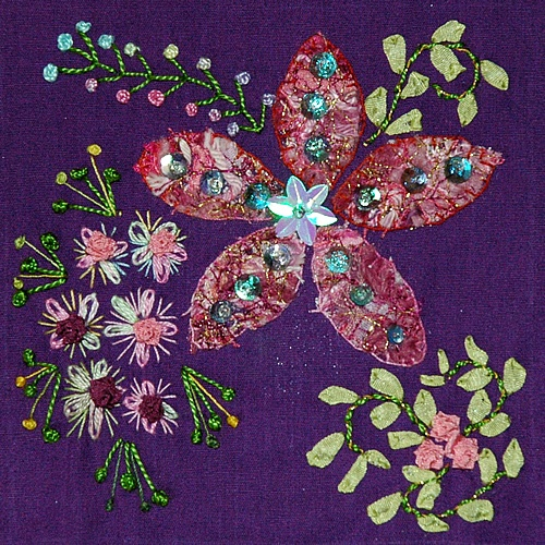 17 Best images about Embroidery - Crazy Quilt on Pinterest Stitching, Crazy patchwork and Hand ...