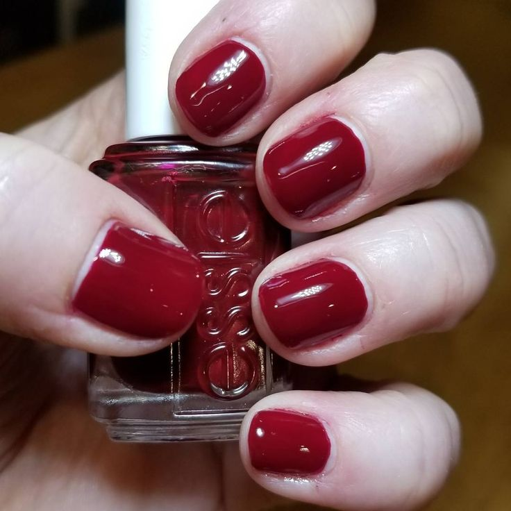 "Essie | Bordeaux ♡ ""a deep red wine"""