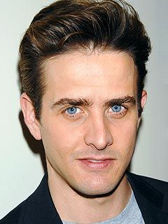 that gorgeous blue eyes.. Joey McIntyre