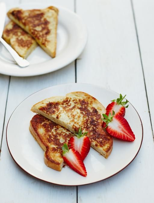 Eggy bread | Jamie Oliver | This simple brekkie delivers big on the comfort front. Serve with grilled tomatoes, avocado or fruit to squeeze in some extra goodness. I prefer Avocado for a good start in the day :)