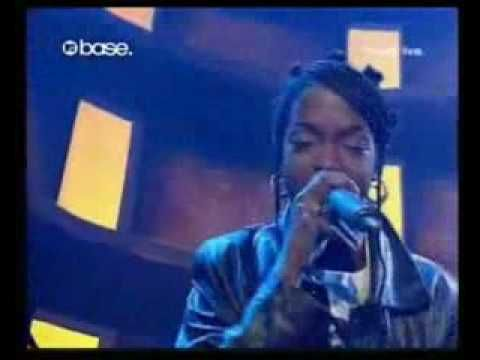 The Fugees - Killing Me Softly (live)