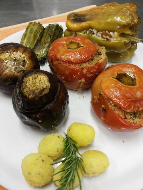 Holiday farm offering vegetarian and vegan dining service. Fixed menu prepared with organic produce that changes according to the season. Located in the countryside 25km from Rome in the Maccarese/Fregene area. Pets welcome.  Categories: Lacto, Italian, Organic, Beer/Wine