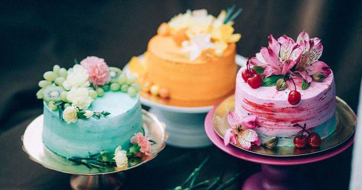 """На мастер-классе """"Рустик-Нежность"""" мы cоберем три шикарных тортика.Шпинатный, ягодный бисквит с черничным мармеладом и морковный торт с орехами."""