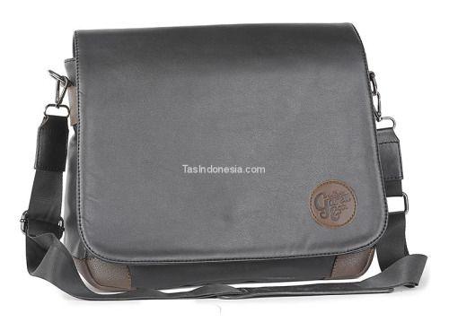 Tas pria G 4241 adalah tas pria yang bagus kuat dan trendy...