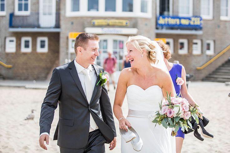 Beach wedding, Bruiloft Haarlem, strand, Bruidsfotografie, Bruidsfotograaf | Dario Endara