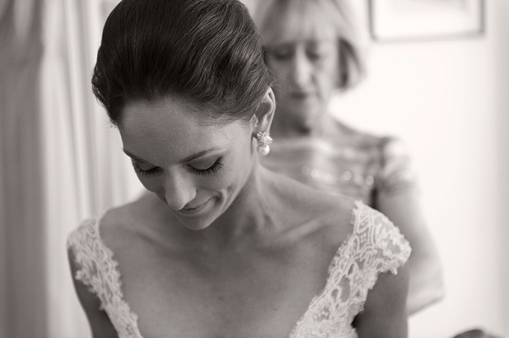 Bride hair and earrings.