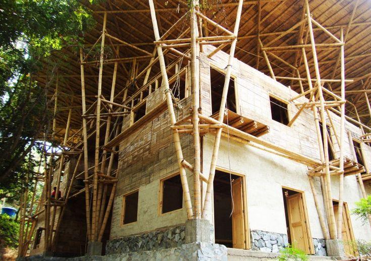 Cali, Colômbia: Escola de bambu inicia campanha para finalizar sua construção