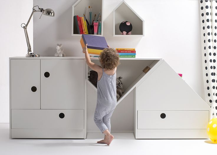 White furnitures for kids. #Mobilebed #white furniture #for kids #white #commodeforkids