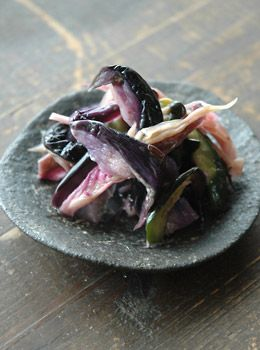 Japanese Shibazuke Pickles with Eggplant, Cucumber, Myoga and Ginger Recipe|柴漬け