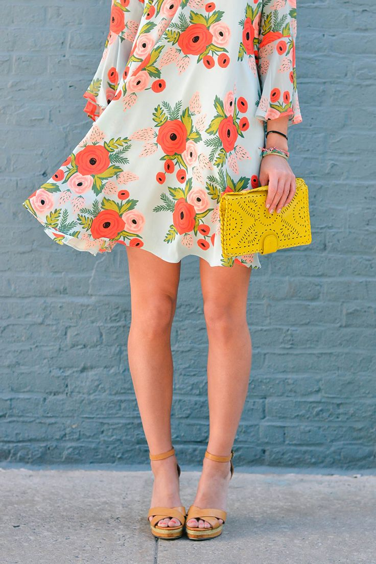 Make the most of your Spring dresses (via @mandaholstein) #POPSUGARSelect