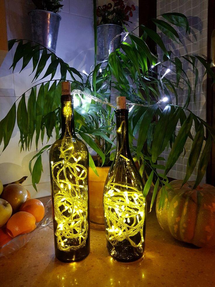 Iluminación ambiental con botellas de vino