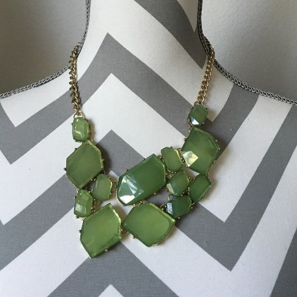 Stitch Fix Green Statement Necklace Stitch Fix Green Statement Necklace. Beautiful green coloring in a unique shape- gold necklace with slight tarnish from wear Stitch Fix Jewelry Necklaces