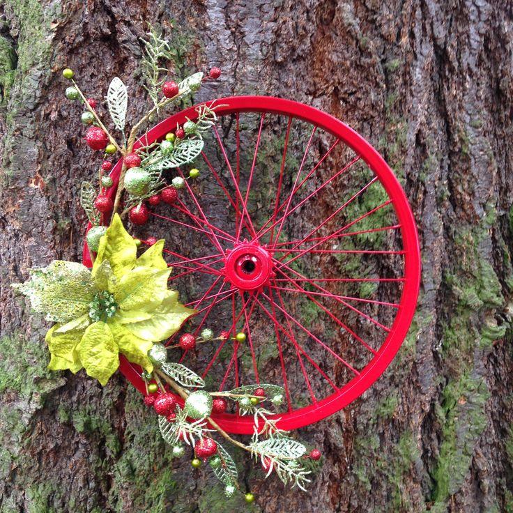 Bicycle Wheel Wreath; Just Jenn Home Arts