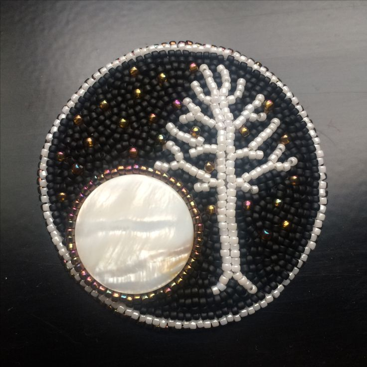 BW70 The White Tree of Minas Tirith in full moon - bead embroidered brooch