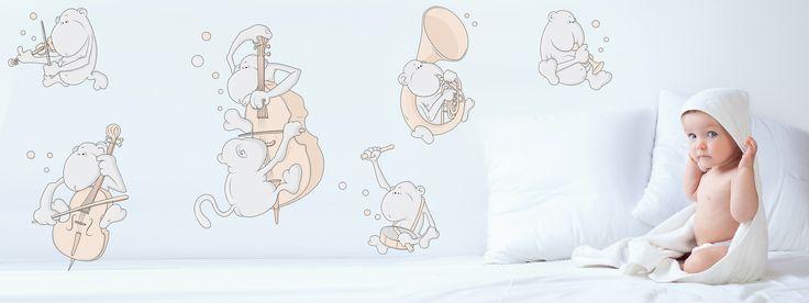 bubbles and bubbles® es una marca española de diseño para bebés y niños que diseña y fabrica en España. Nuestros diseños para vinilos de pared y láminas decorativas son contemporáneos y minimalistas en estilo con personajes originales tiernos y adorables y un toque de humor.