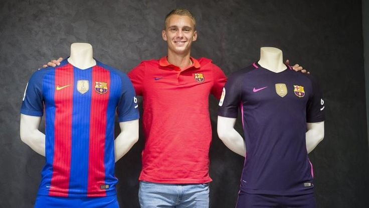 «Барселона» объявила о трансфере Силлессена за 13 млн евро - Футбол - Sports.ru