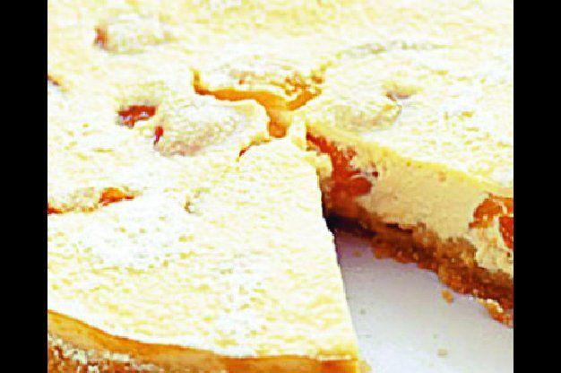 Tvarohový koláč s meruňkami   Apetitonline.cz