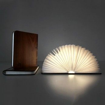 Solius Personalized Booklamp. Lampa carte personalizata Solius
