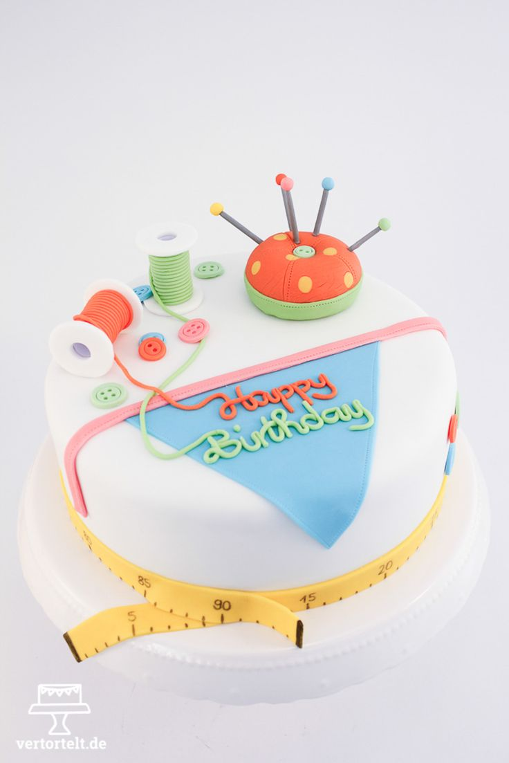 Nähtorte zum Geburtstag - sewing cake as birthday present