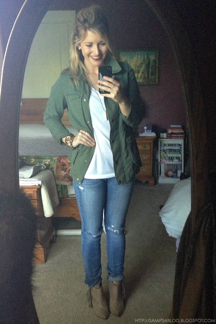 I think I've pinned 10 green military jackets in the last two days! Love it paired with the worn jeans and booties!