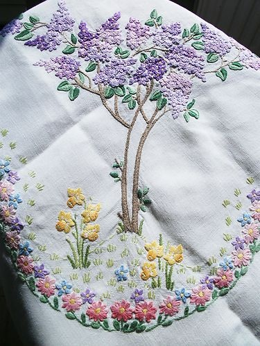 Vintage Linen Tablecloth Hand Embroidered LILAC & DAFFODIL MEADOWS