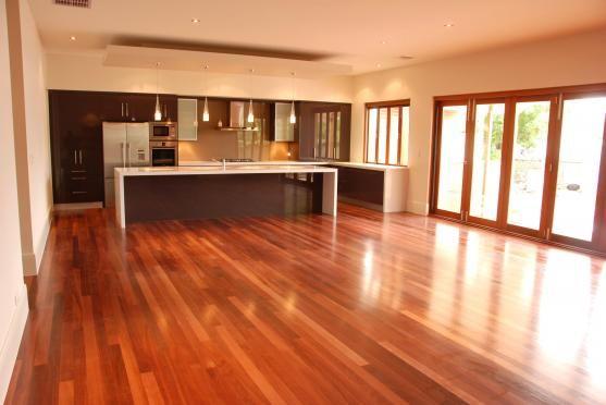 Kitchen Design Ideas by Platinum Fine Homes & Additions