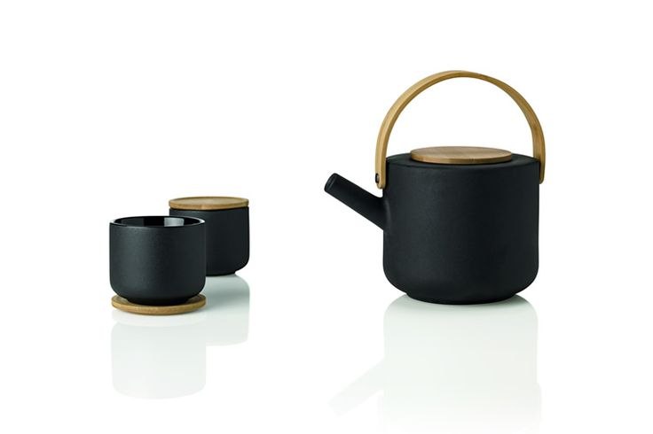 http://www.acquiremag.com/life/home/stelton-theo-tea-set.php