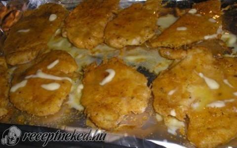 Sütőben sült csirkemellfilé fűszeres panírban recept fotóval