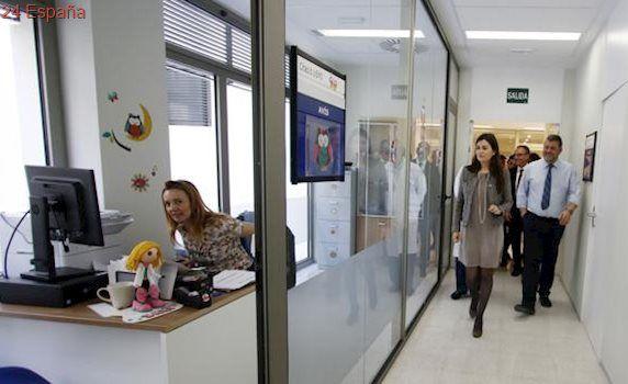 La Generalitat subrogará con las mismas condiciones a los trabajadores del hospital de La Ribera