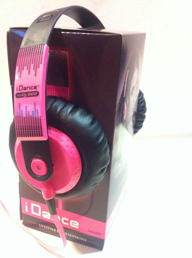 Mis auriculares hifi rosa de Electronic Star España, la tienda online dedicada al sonido profesional