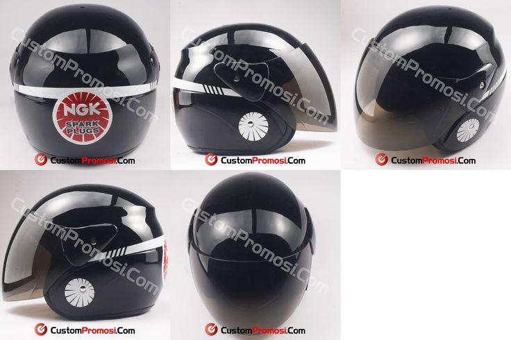 Helm custom untuk karyawan busi NGK