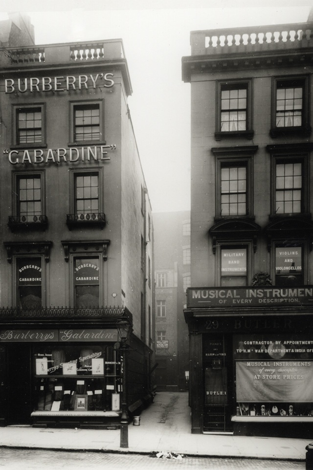 1891: The company move into its first London store, 30 Haymarket