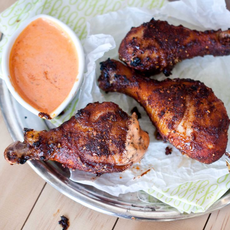 Baked Brown Sugar Chicken Wings With Roasted Red Pepper Cream Sauce: Baking Chicken Wings, Brownsugar, Brown Sugar Chicken, Recipe, Baking Brown, Domestic Fit, Cream Sauces, Peppers Cream, Roasted Red Peppers