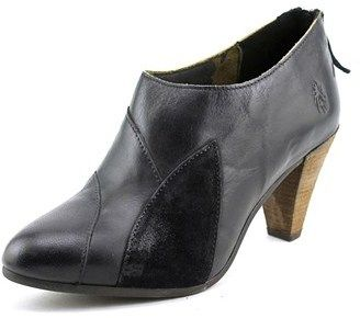 Fly London Goja Women Pointed Toe Leather Black Ankle Boot.
