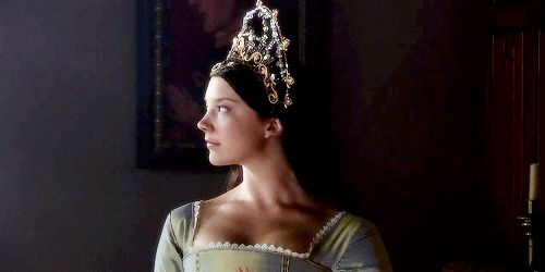 1k gifs* edits: mine The Tudors Anne Boleyn natalie dormer tudorsedit ndormeredit thetudors* anneboleyn* she wears the best stuff on this show