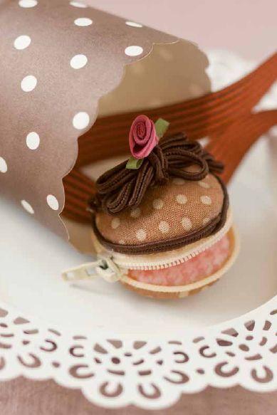 Macaron zum Nähen im Schokoladen-Style