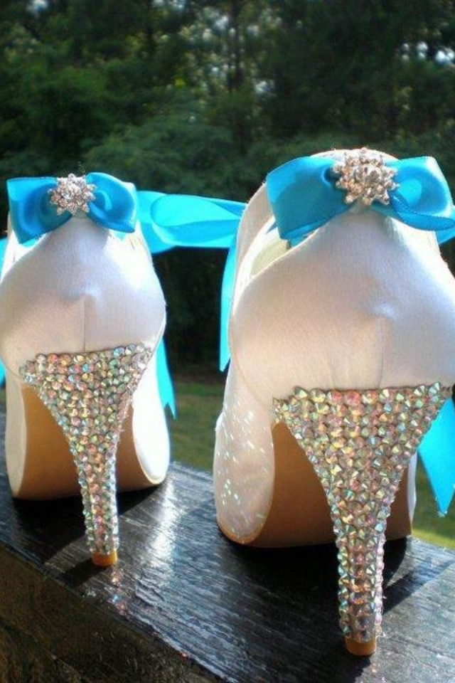 These would be a lot better if they had pink bows