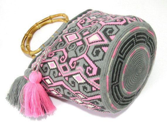 Exceptional medium size single tread Wayuu mochila от MingazovArt