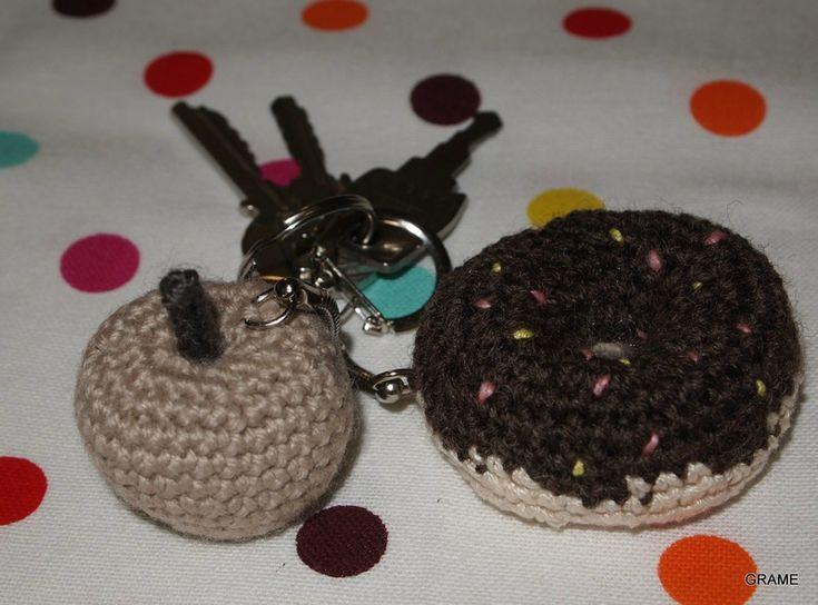 Le goûter sur mes clés, pomme, donut, crochet, diy, laine, coton, porte clé, grame