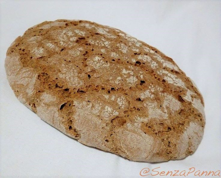 Il classico pane di segale dell'AltoAdige e delle zone del Tirolo mi ricorda le vacanze estive di qualche anno fa con i suoi profumi....