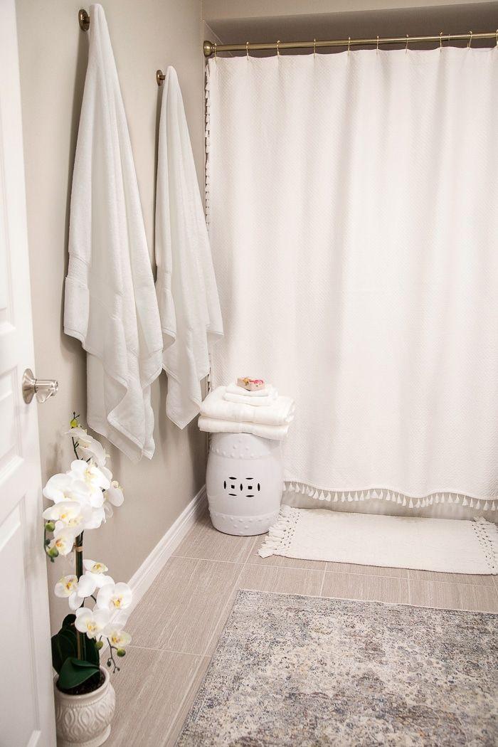 Easy Spring Bathroom Refresh Bath Towel Giveaway Bathroom Towels Luxury Towels Hanging Bath Towels