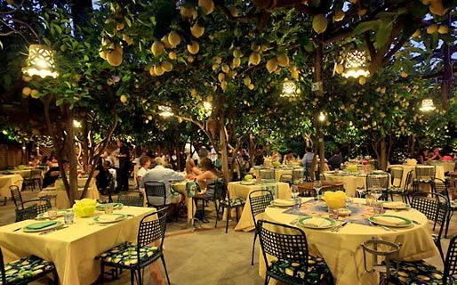I'm going to have a romantic dinner here under the Lemon trees. - in Capri ,,, loved it, was gorgeous