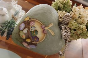 Sonia Countrypainting e Torta di Mele: Cuore Pasquale